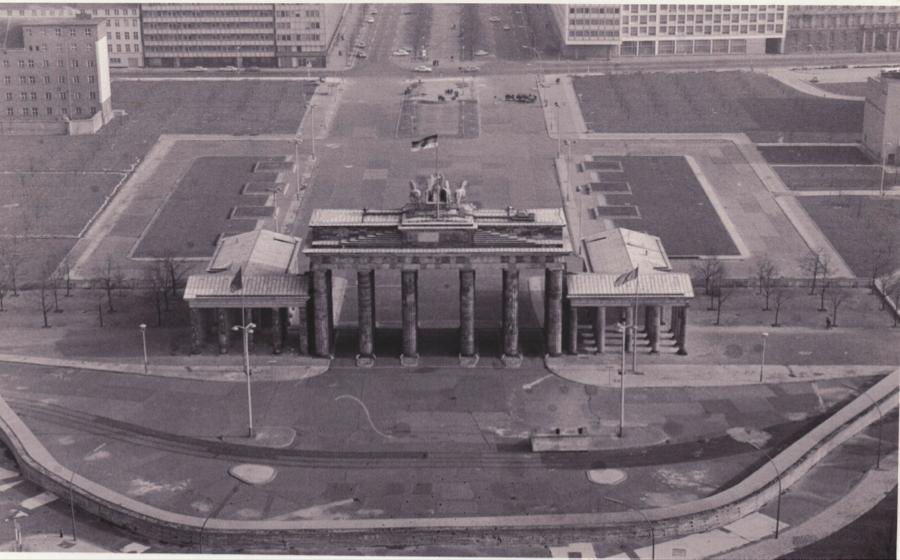Brandenburg Gate Map Brandenburg Gate 3